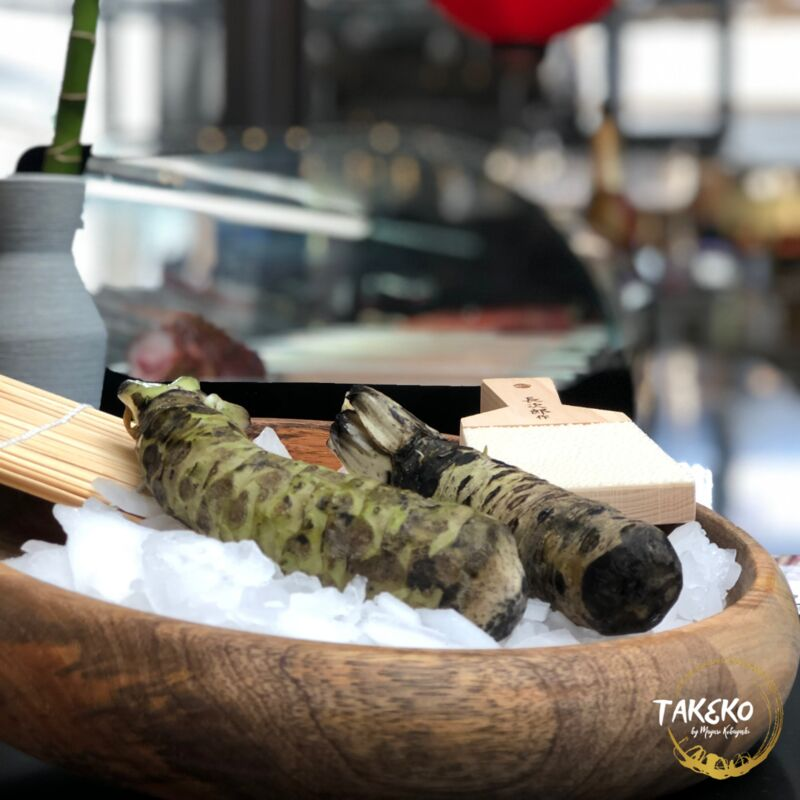 Disfruta de nuestro wasabi recién rallado en tu nigiri.
