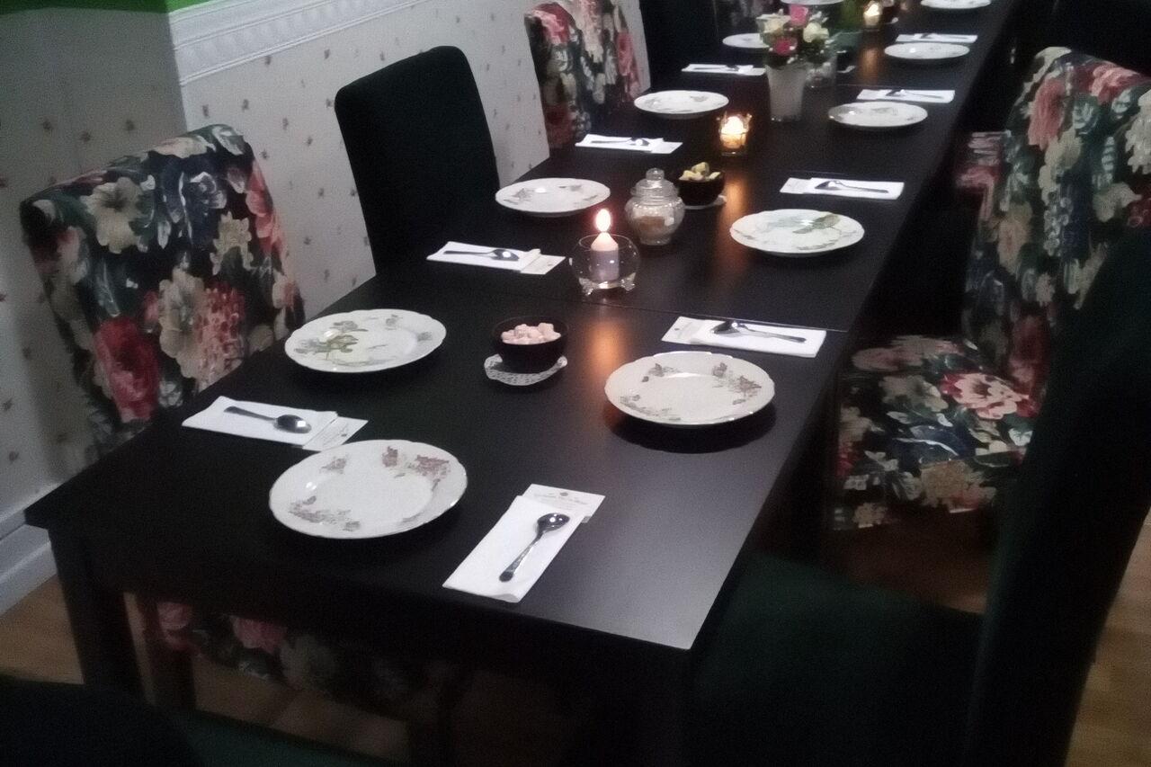 Organisez vos repas de groupe chez Nessie