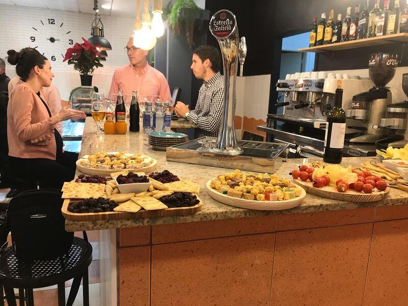 Bar Cafeteria Como En La Comarka Port De Sagunt Española