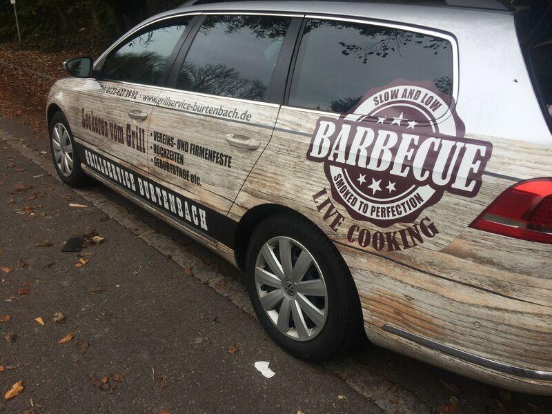 Neben der Werbung in den Medien und beim ESV Burgau, ist die Werbung auf der Strasse auch wichtig ! Das Auto...