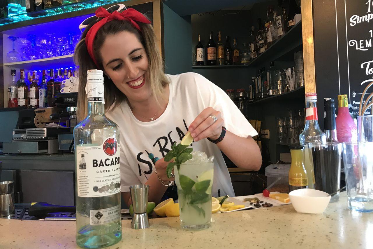 """Talleres de Cocktail y Gin Tonic"""