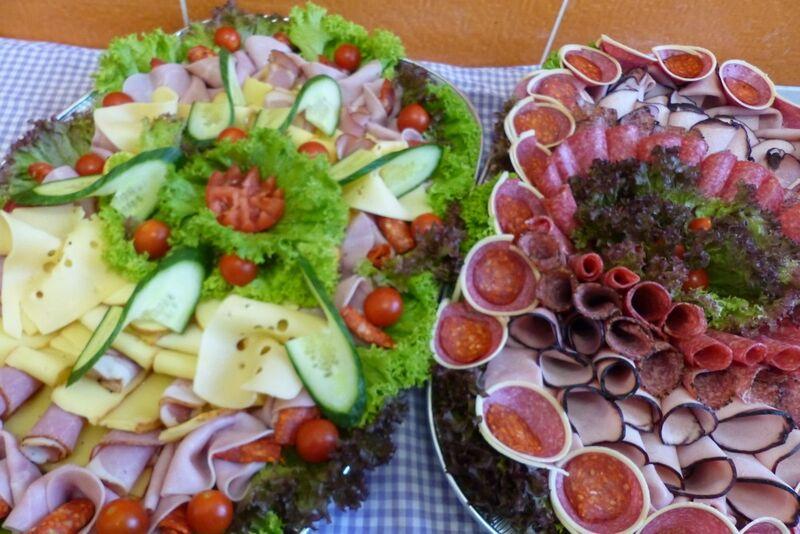Obložené mísy na catering