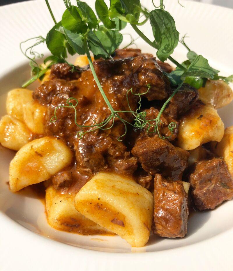 Juneći ragu s domaćim njokima / Beef ragu with homemade gnocchi
