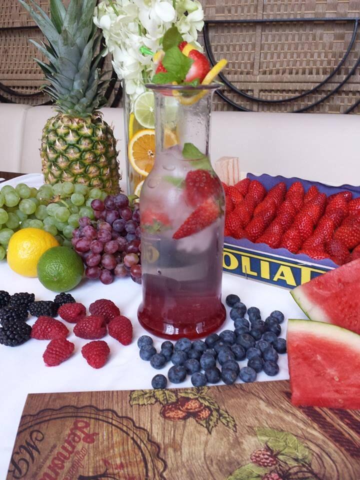 Domácí limonády z kvalitních sirupů a čerstvého ovoce