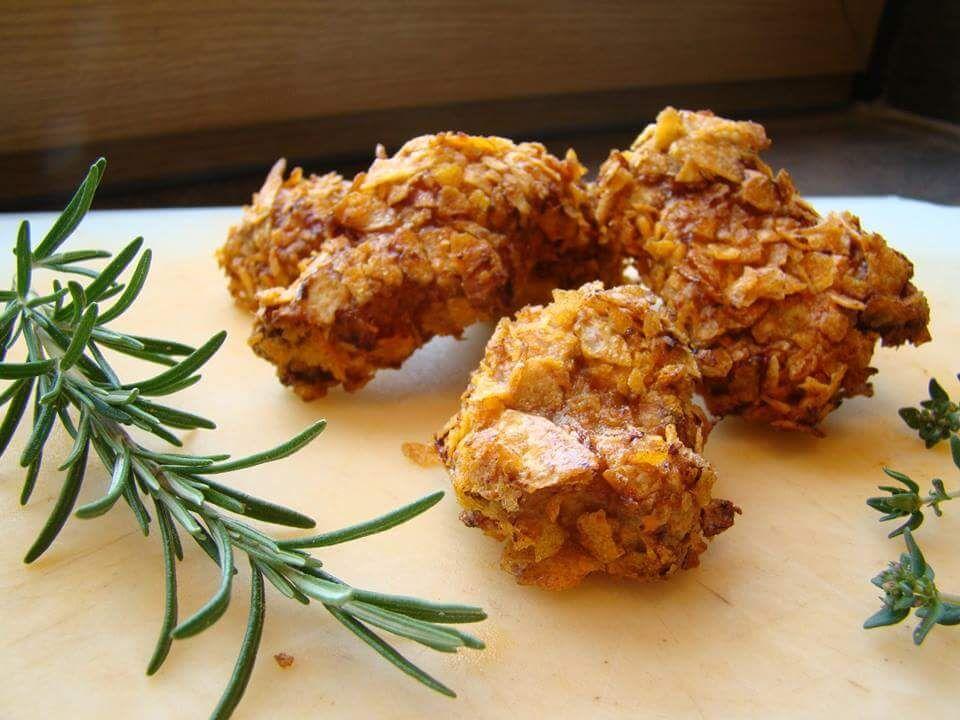 Chicken Nuggets, mit Kartoffelchips paniert und gegrillt. Nicht nur bei Kindern beliebt.