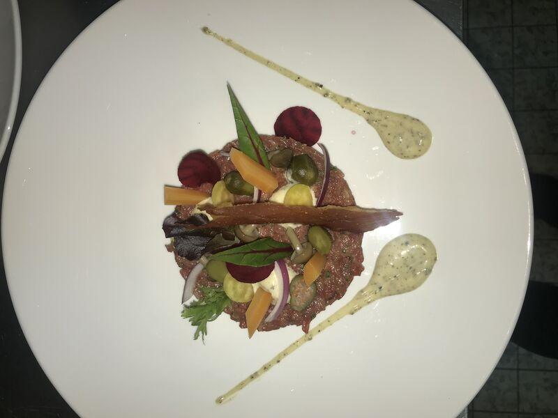 Klassieke steak tartare met truffel