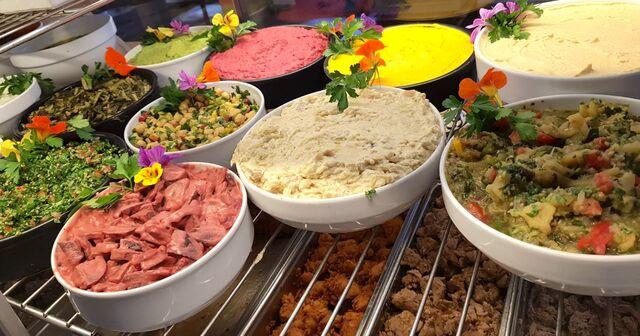 Frisch zubereitetes Essen für unsere Gäste ist das Wichtigste !