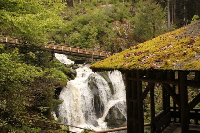 Triberger Wasserfälle, der Aufgang befindet sich direkt gegenüber des Hotel-Restaurant Pfaff