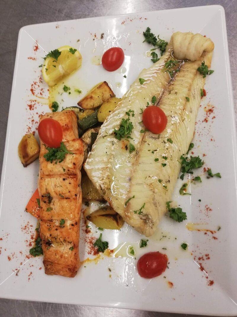 Fisch Duett Lachsfilet und Zander vom Grill