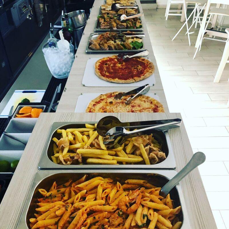Il nostro buffet per l'happy hour