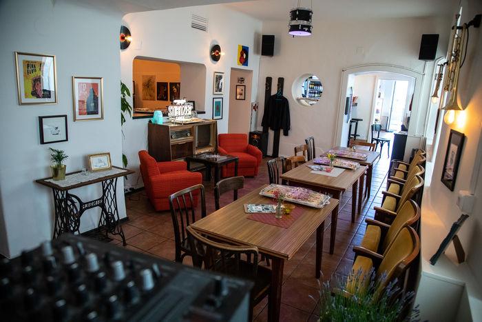 Das Wohnzimmer - Café, Bar, Musik - Klagenfurt am Wörthersee ...