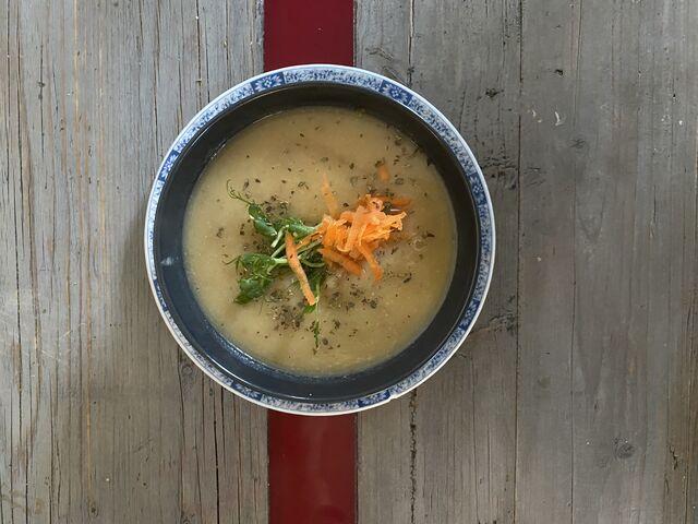 Suppe, tagesfrisch und tagesneu