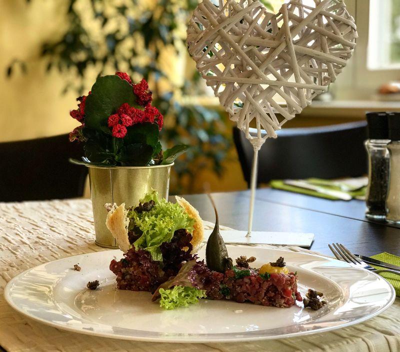 Tagesempfehlung Rindertartar im Restaurant Grünheide Heydewirt am Peetzsee
