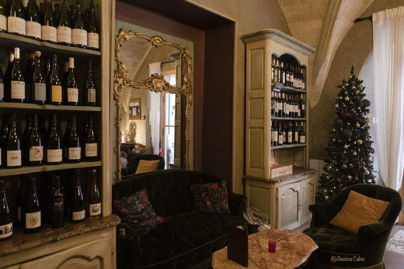 Large choix de vins bio ou en biodynamie à consommer sur place ou à emporter chez vous
