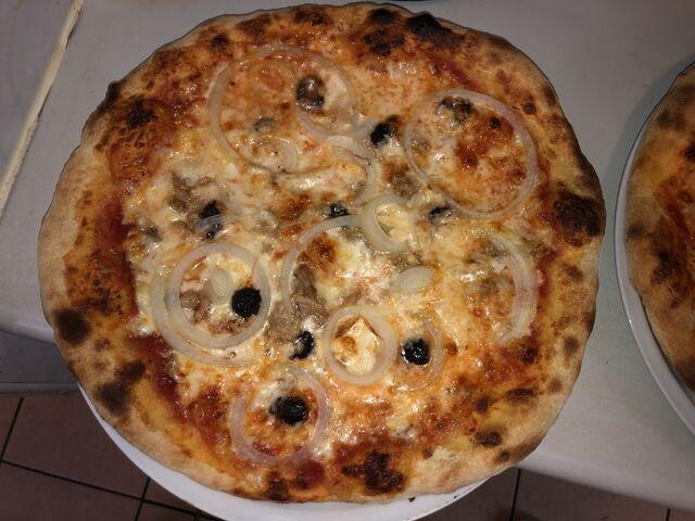 Pizza in der Meisenklause