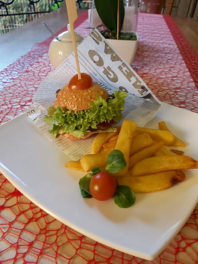 Mini burger drobiowy