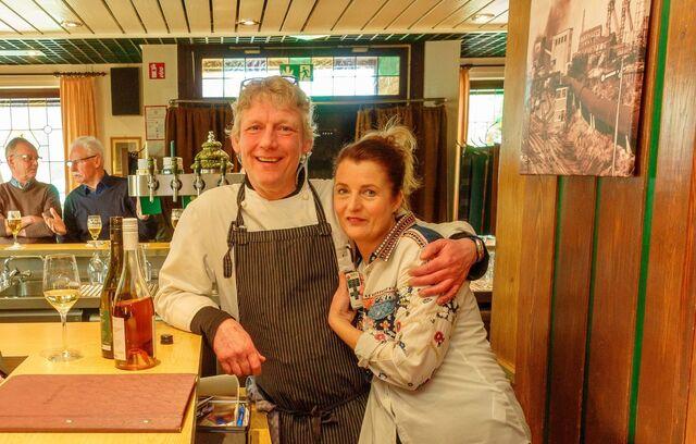 Die Inhaber - Ralph und Gabi Pietsch Weit gereiste Gastronomen und Ruhrgebiets-Enthusiasten mit Herzblut und Heimatliebe.
