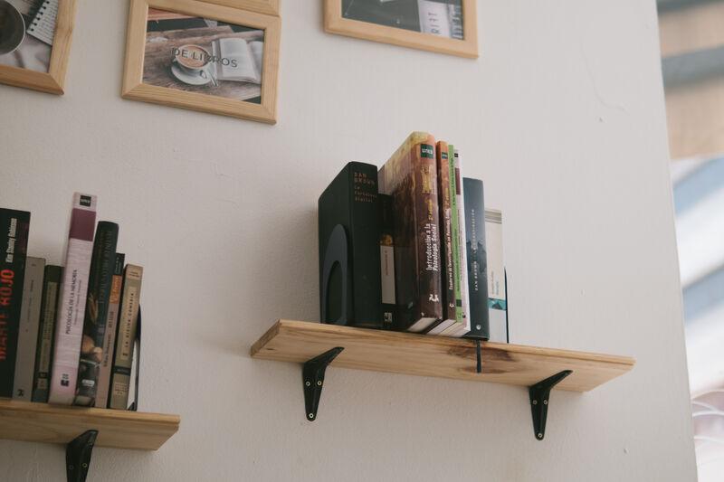 Trae un libro y llévate otro, nuestra zona de intercambio de libros te esta esperando.