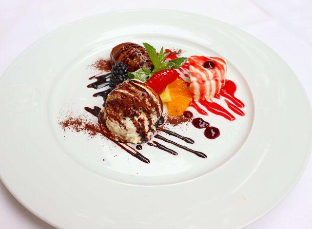 Gemischtes Dessert