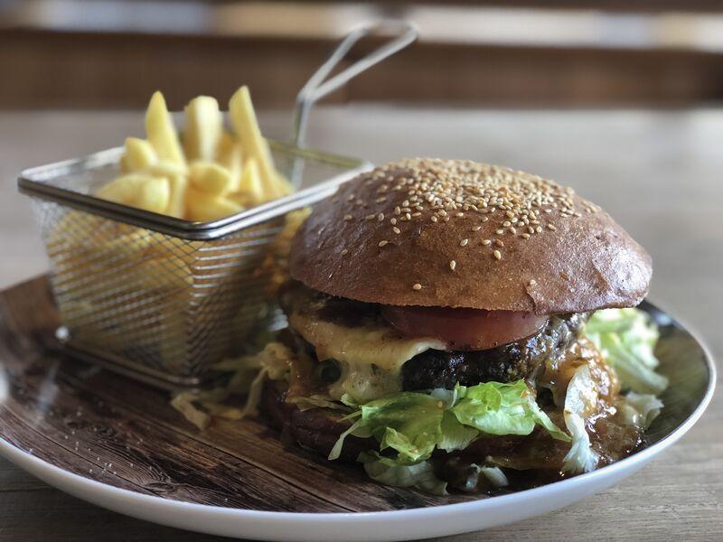 Lausbua Burger