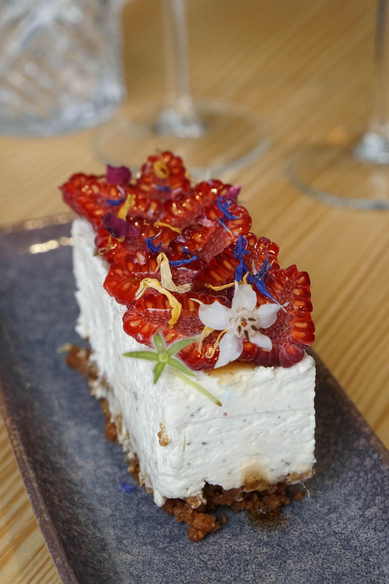 Cheesecake sans cuisson, framboises fraiches