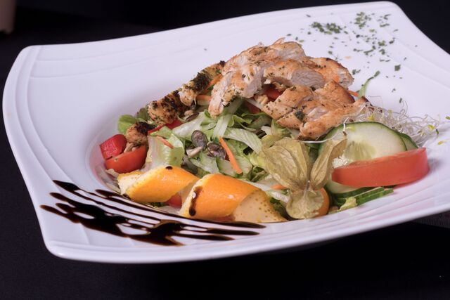 Bunte Salat Hähnchenbrust