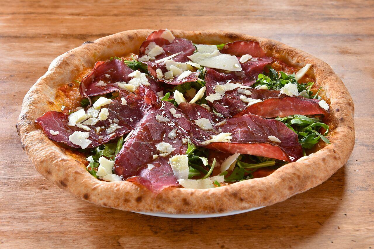 Pizza Bresaola