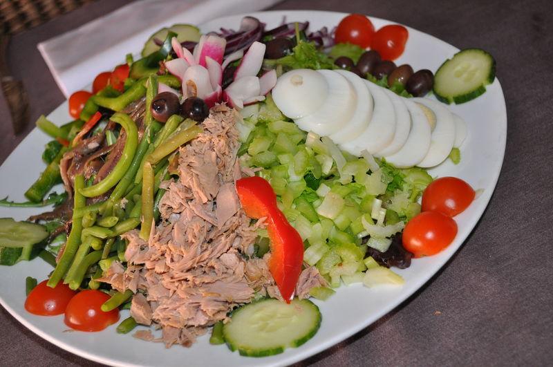nicoise salad salade niçoise au basilic