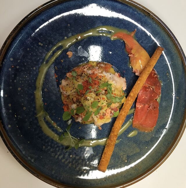 Salade de Homard, vinaigrette agrume