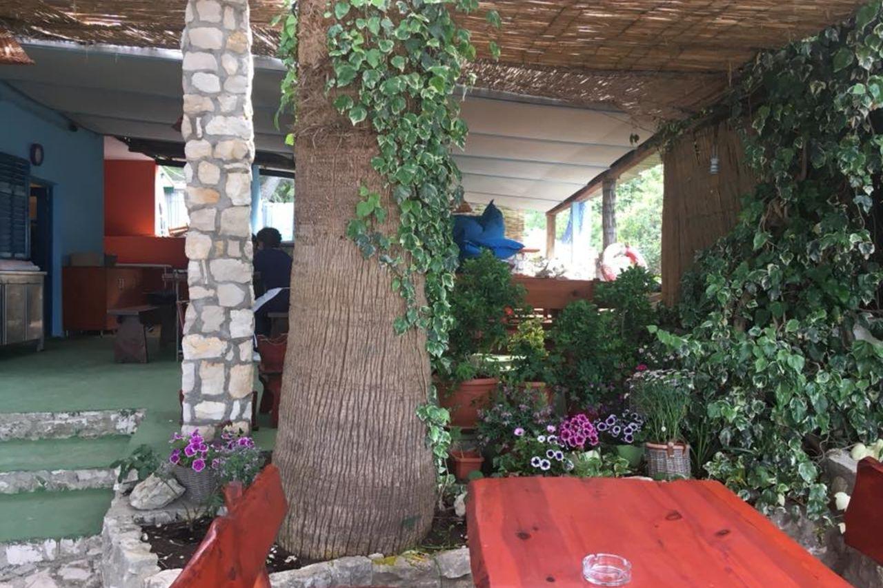 Restoran Tri grede