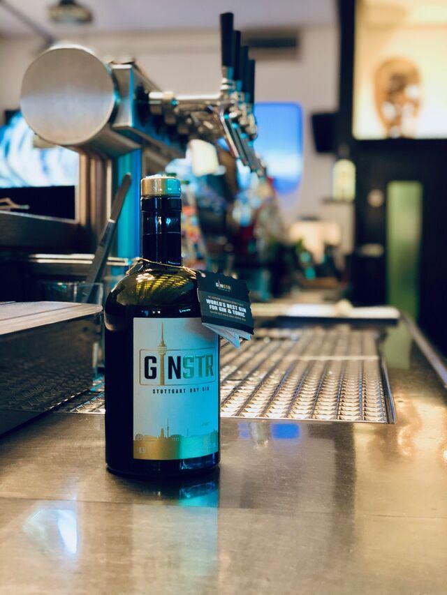 GINSTR = Stuttgart Premium Dry Gin