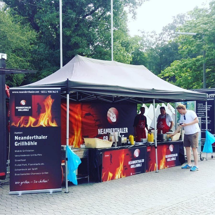 Streetfood-Stand 3 x 8 Meter