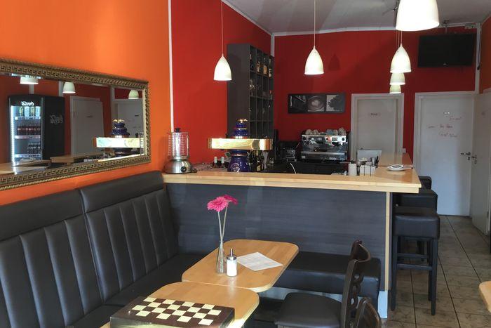 bistro b b d sseldorf caf bij mij in de buurt boek nu. Black Bedroom Furniture Sets. Home Design Ideas