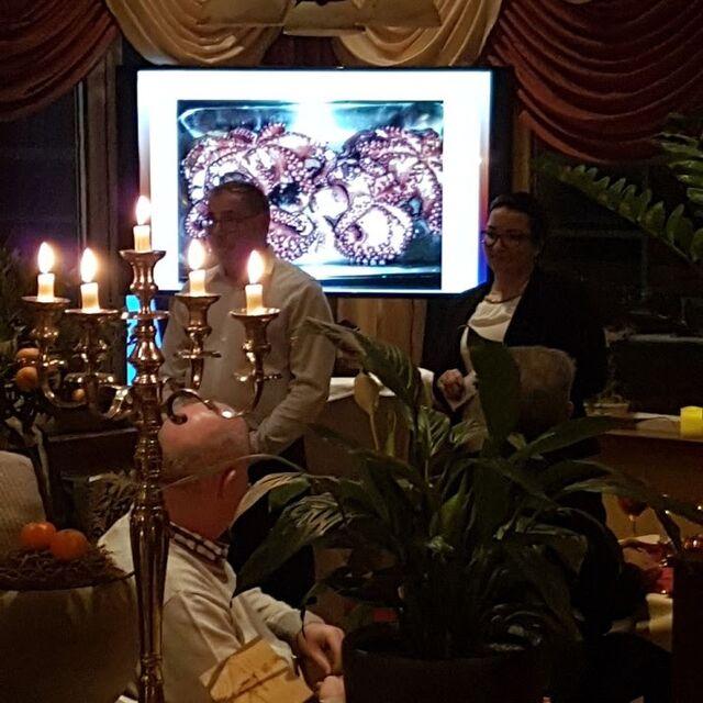 13-jährige Jubiläum möchten wir bei allen Gäste, Mitarbeitern für die erfolgreiche und vertrauensvolle Zusammenarbeit bedanken!