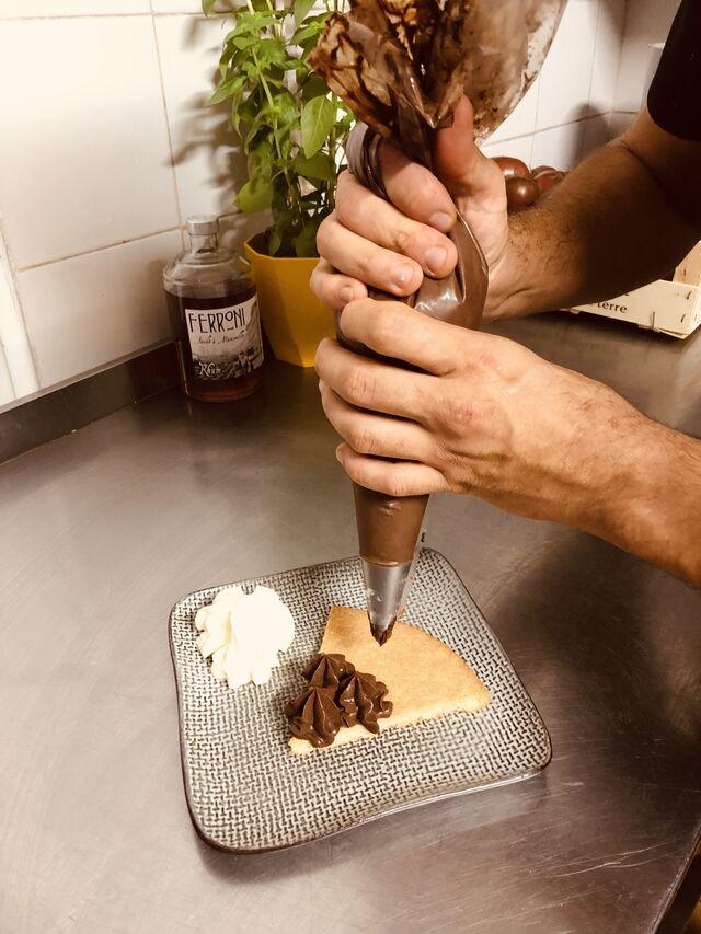 Préparation de notre tarte au chocolat fait maison