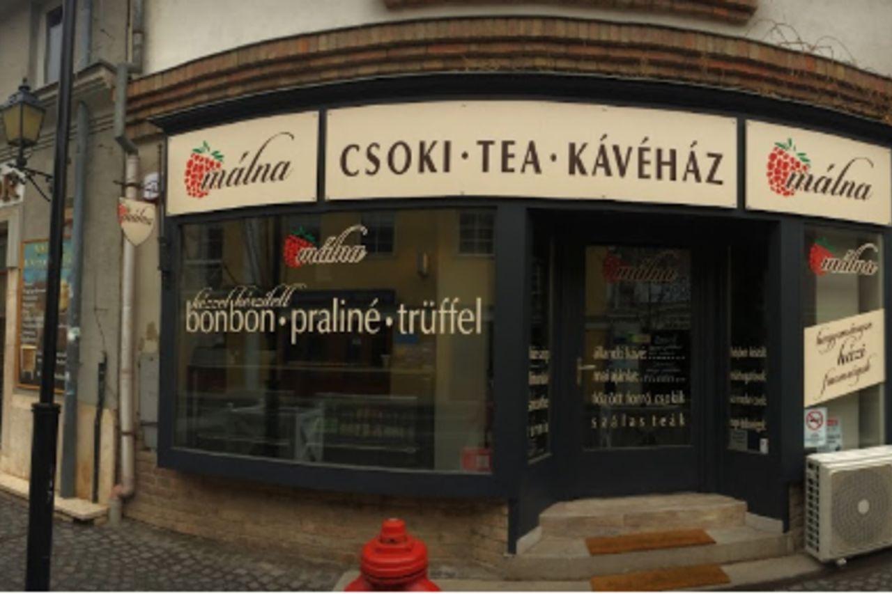 Málna csoki- tea- kávéház