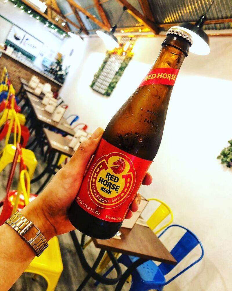 RED HORSE BEER Una de las cervezas más famosas de Filipinas.