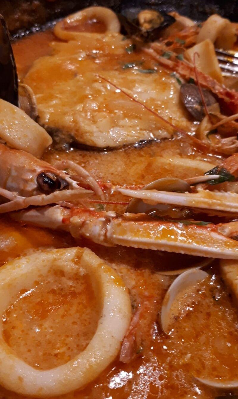 Paella nach Art des Hauses - Jaceks Gastronomie...