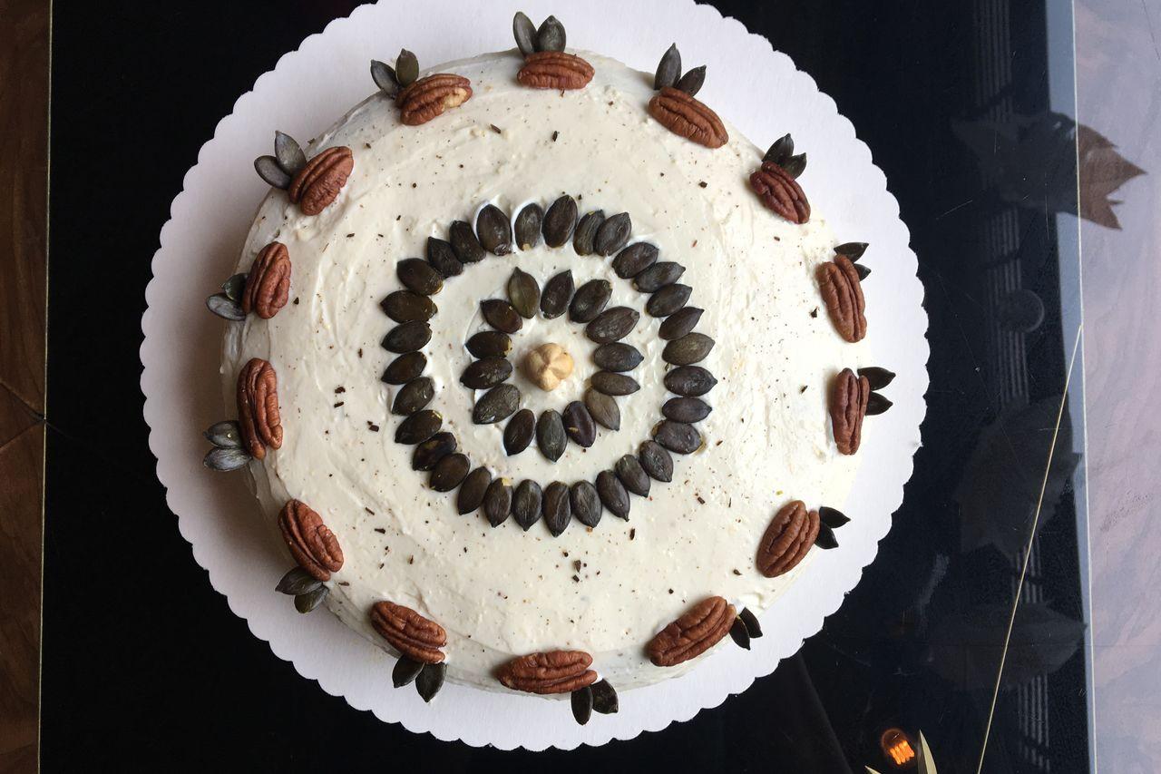 Custom cakes!