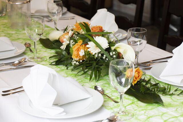 Stillvolle Tischdekorationen - nehmen Sie Platz, wir kümmern uns um die Details.