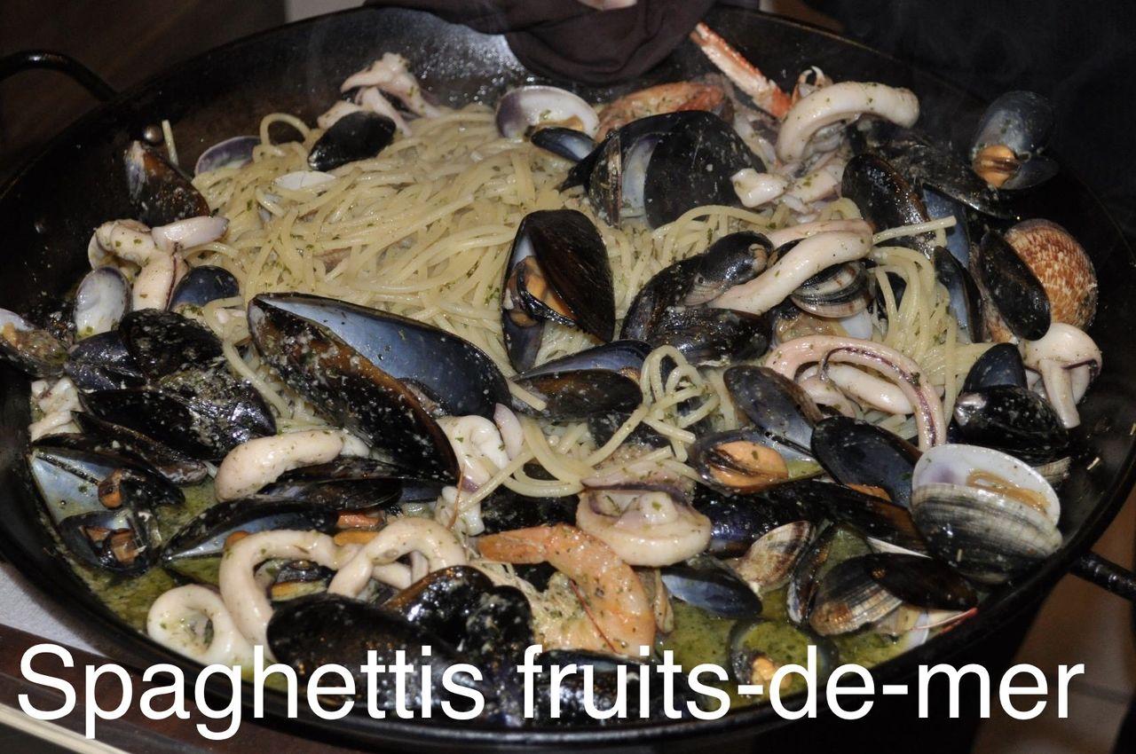 Seafood spaghetti Spaghettis fruits-de-mer