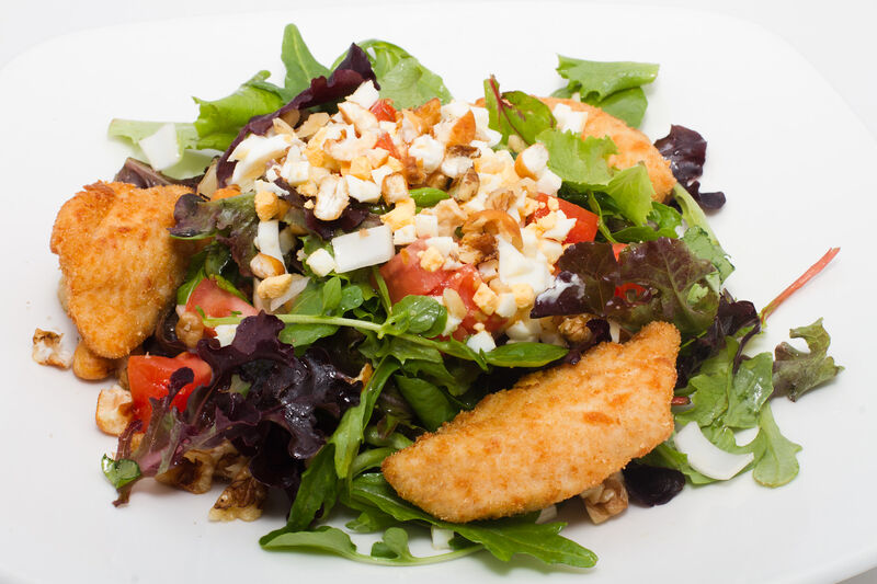 Ensalada de pollo con vinagreta de queso azul