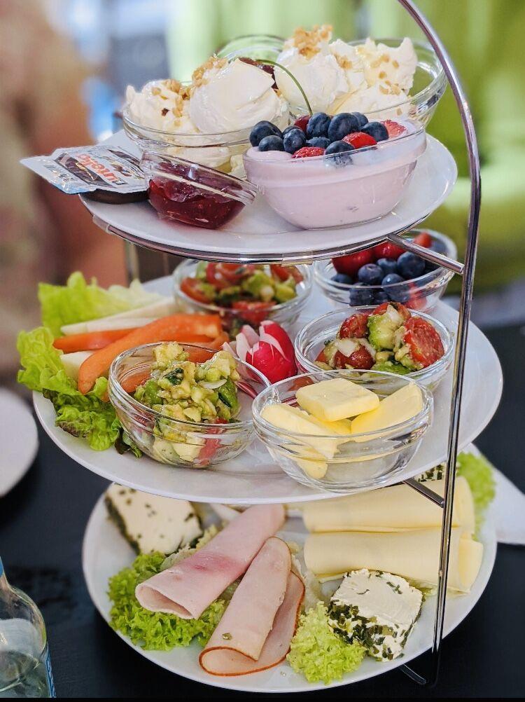 Frühstücken bei uns könnt Ihr mit der ganzen Familie ☺️❤️ Reservierung unter 0241-91798123 Wir freuen uns auf euren Besuch 😋