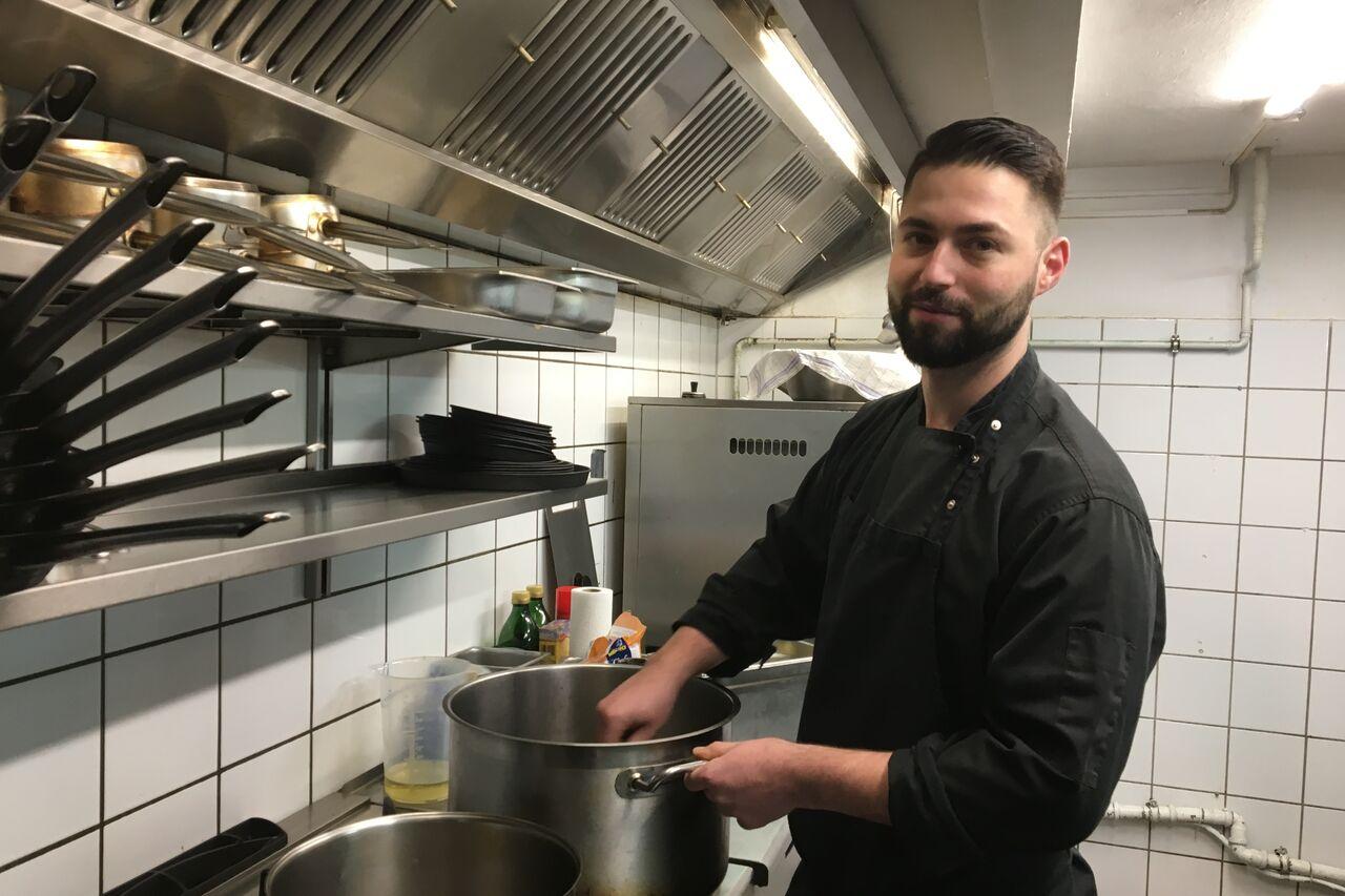 Unser Küchenchef Dawid Pacholarz