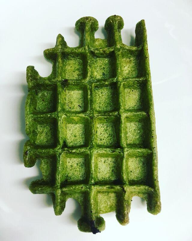 green/spinat waffle glutenfree/vegan/zuckerfrei