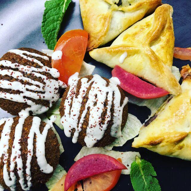 Assiette Falafel et chaussons