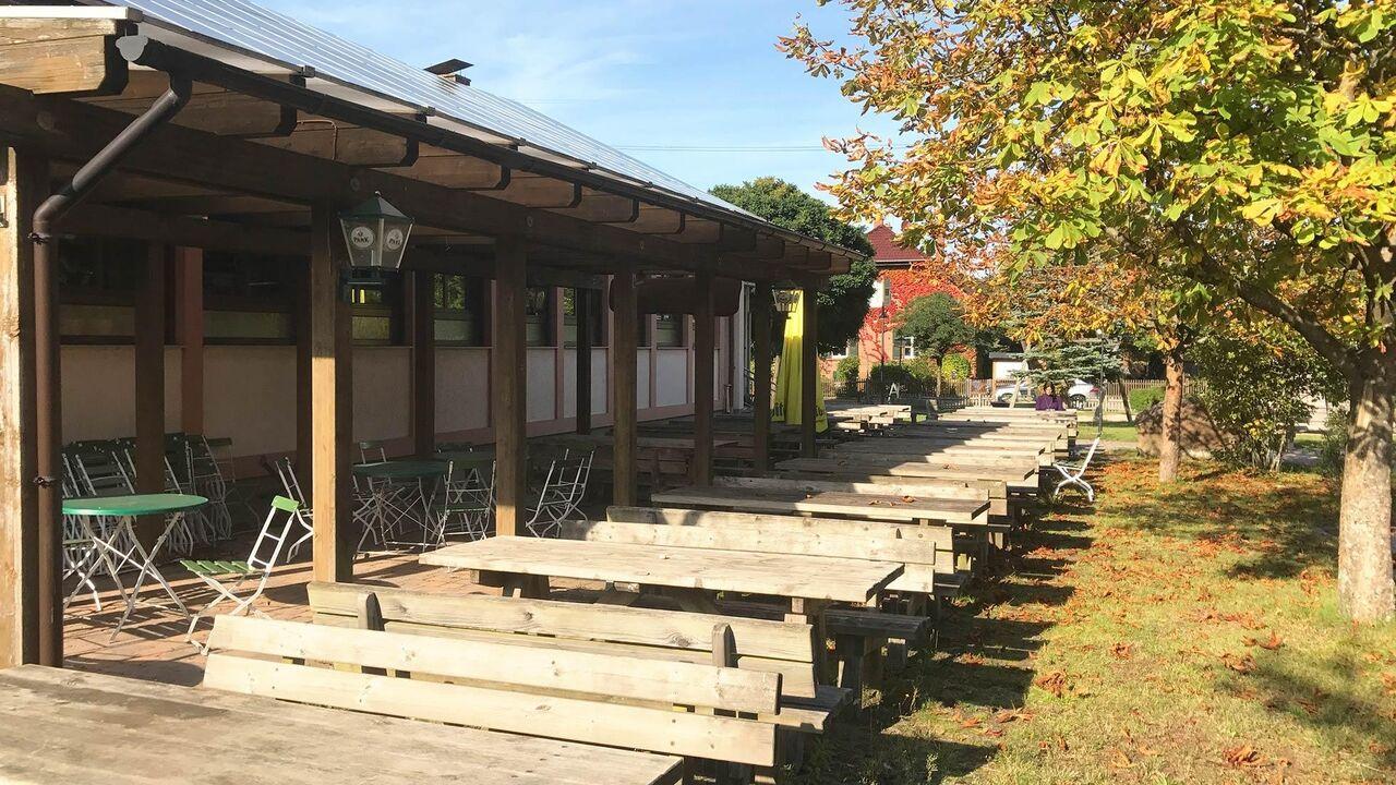 Biergarten an der Walthari-Klause Petersbächel