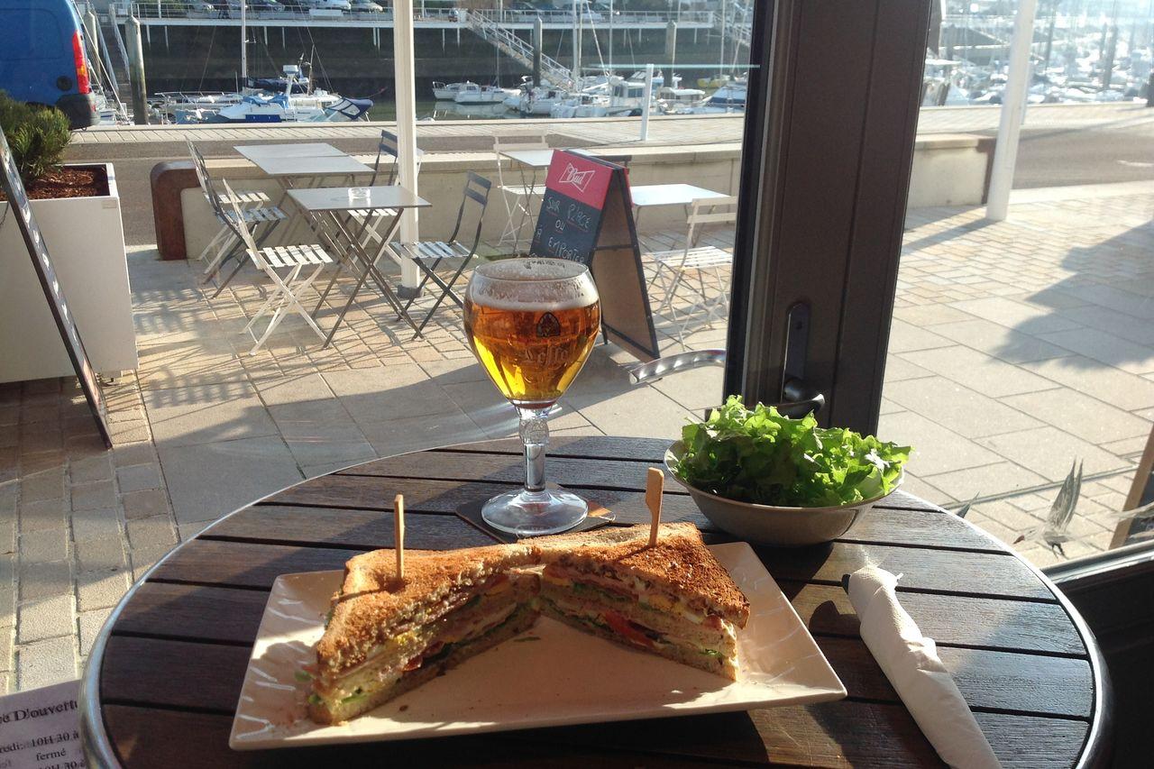 "Club-Sandwichs ""maison"" 5€50"