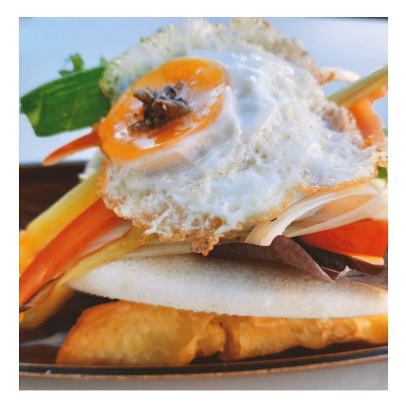 Bao de huevo de codorniz trufado