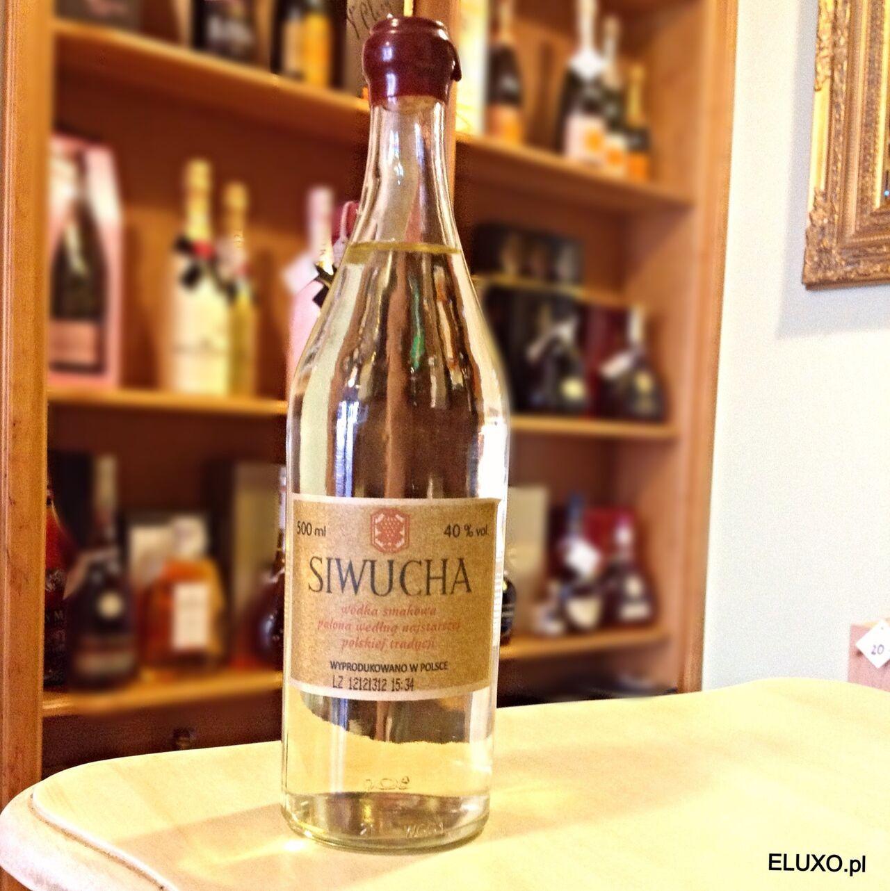 Tradycyjna polska wódka. Siwucha to wódka produkowana według najstarszych polskich przepisów. Składa się z owoców krajowych.